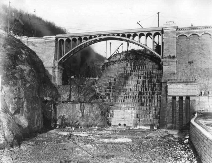 Spillway of the New Croton Dam, from the George P. Hall & Son Photograph Collection at the New-York Historical Society. Click the image to enlarge it.